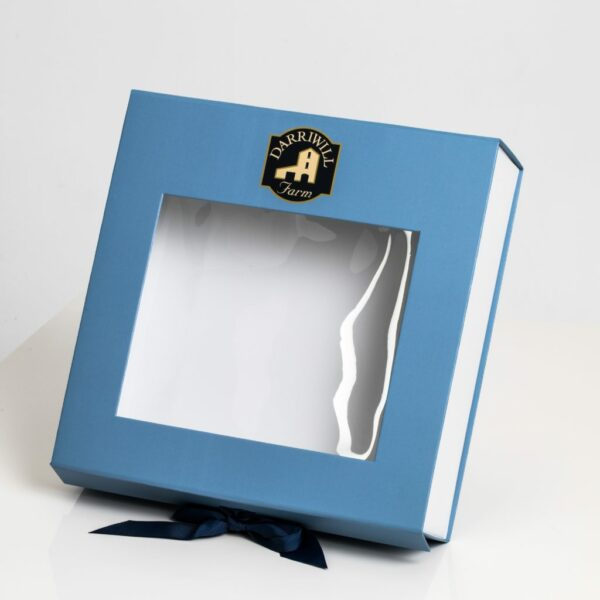 Darriwill Farm Hamper box with blue ribbon